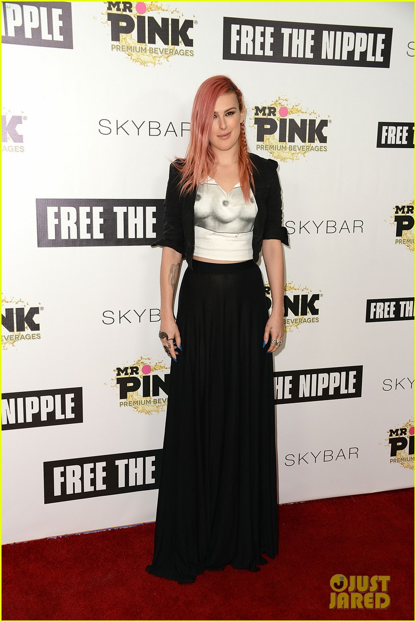 rumer willis supports lina esco at free the nipple fundraiser 153139824