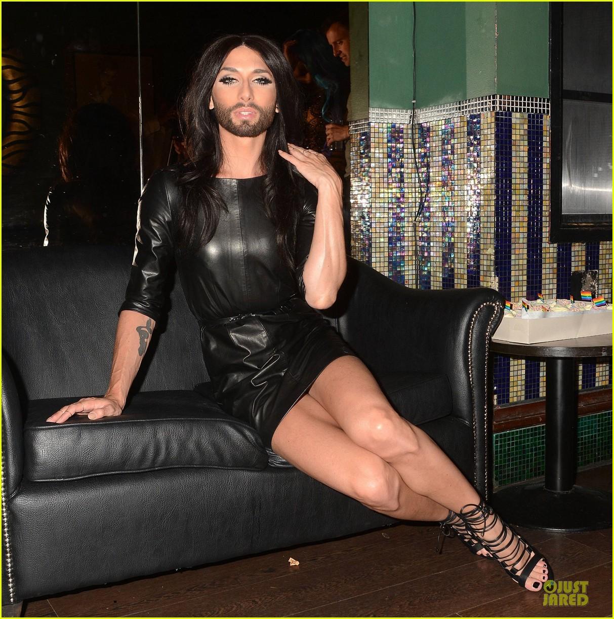 conchita wurst makes statement on love respect tolerance 063145272