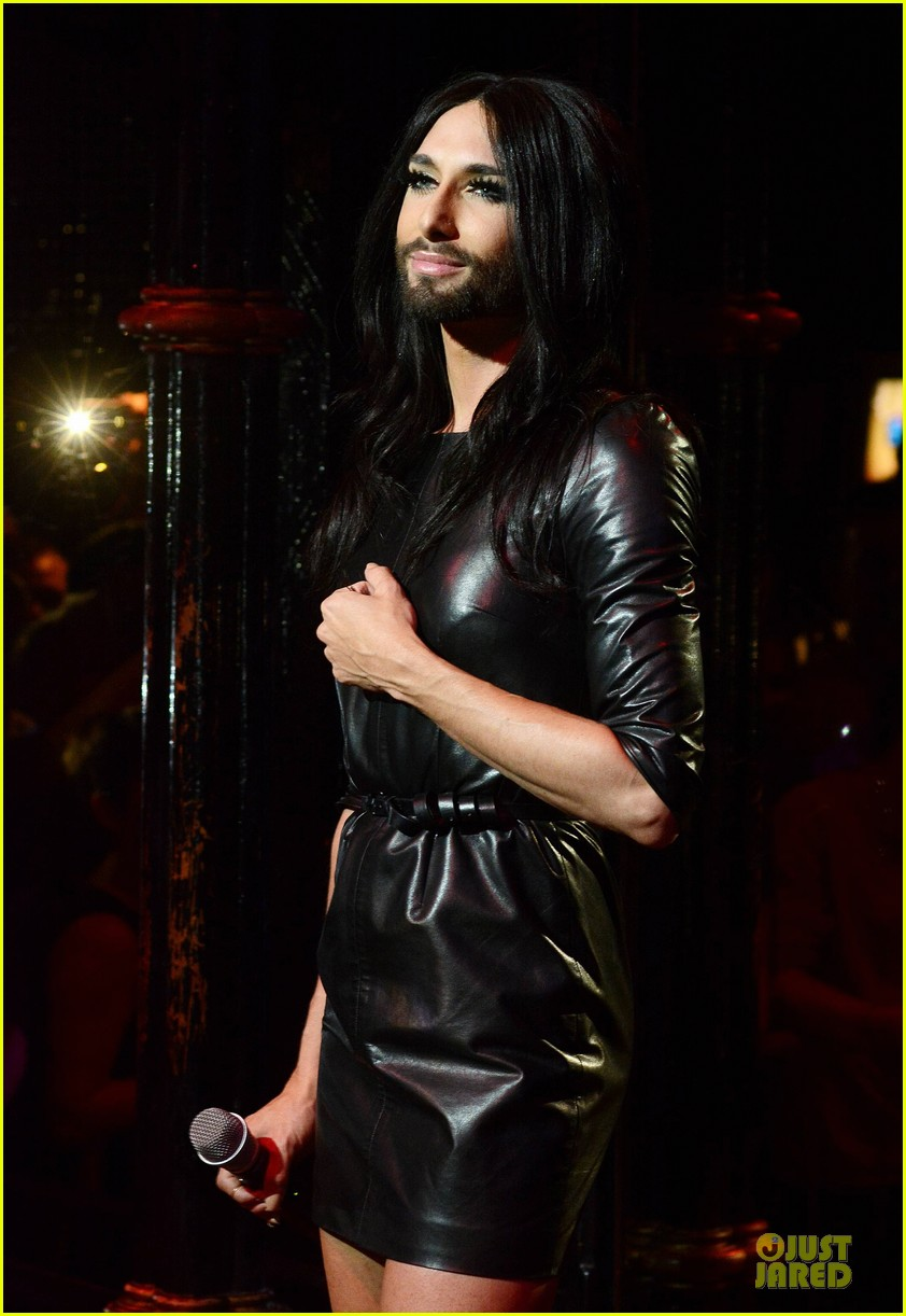 conchita wurst makes statement on love respect tolerance 09