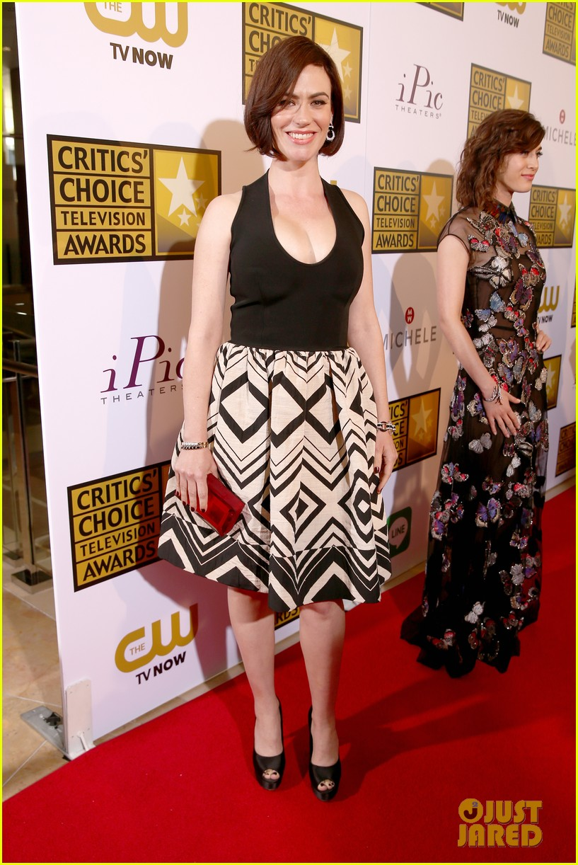 bellamy young wins at critics choice tv awards 2014 16
