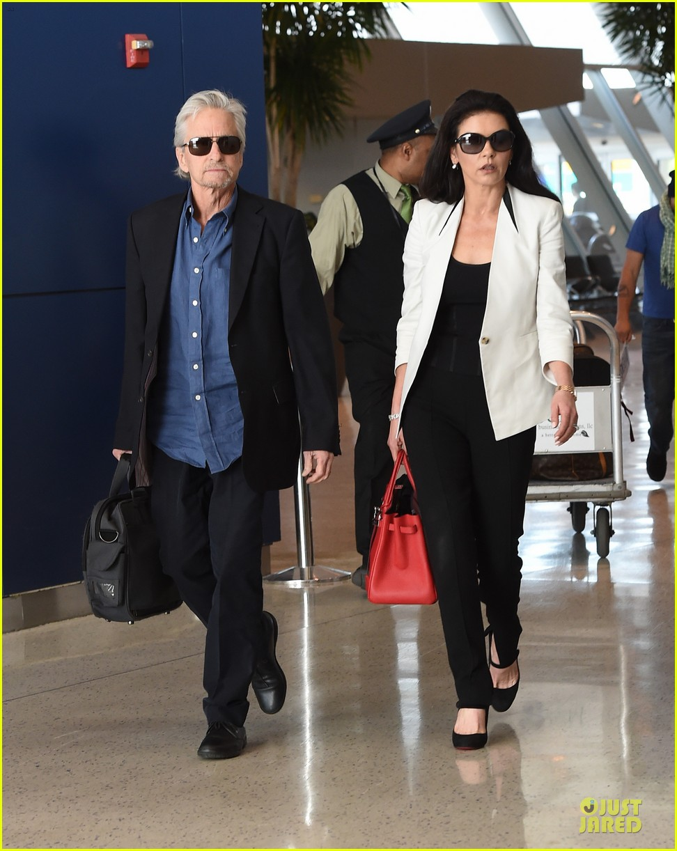 catherine zeta jones michael douglas things are great 063126735