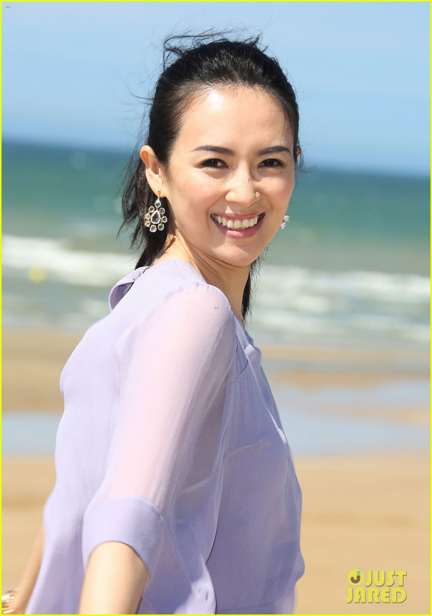 zhang ziyi cabourg film festival beach 093135990