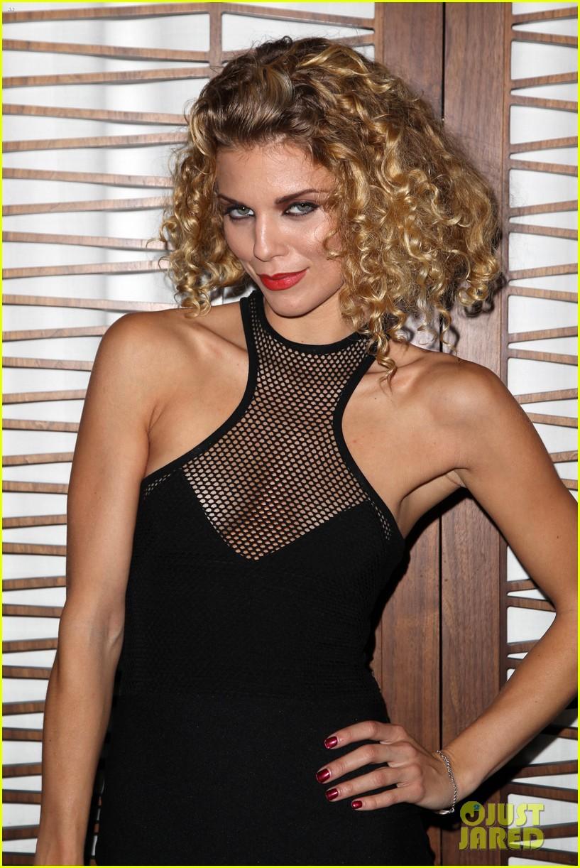 annalynne mccord curls loose stars stripes charity 103148257