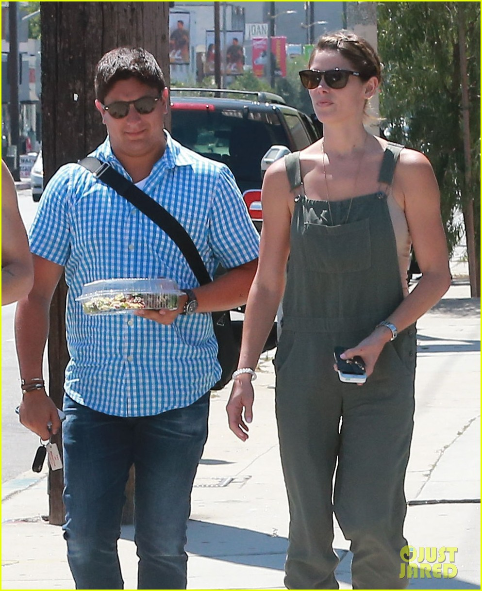 ashley greene wears overalls lunch 013151311