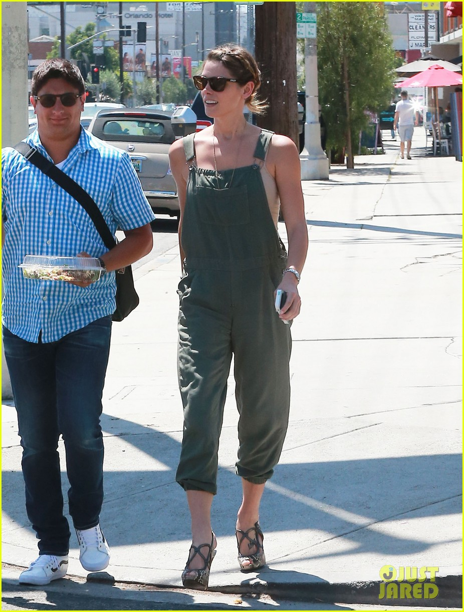 ashley greene wears overalls lunch 07