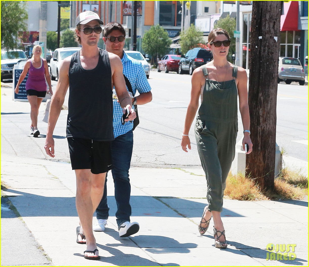 ashley greene wears overalls lunch 22