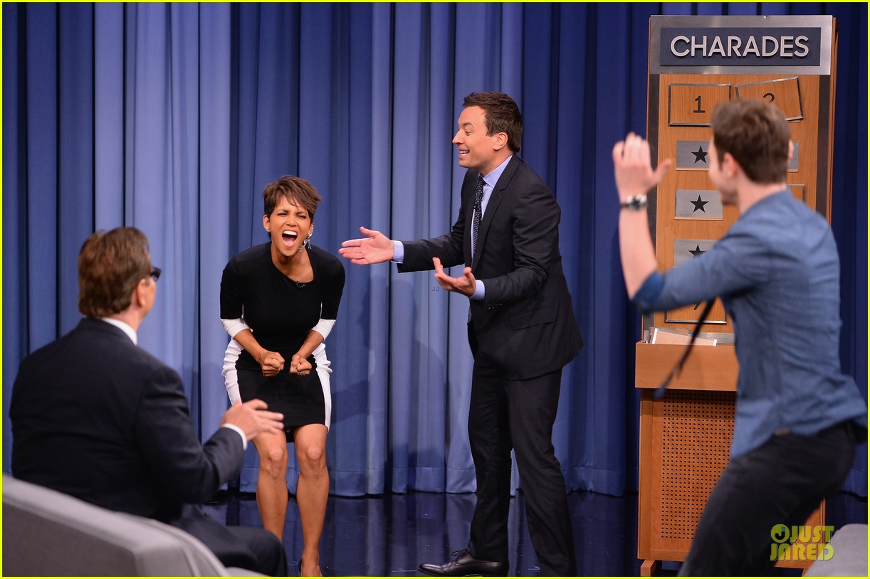 halle berry animated for charades on tonight 103151988