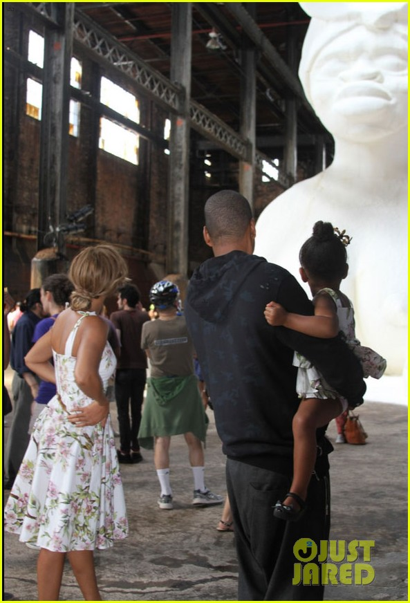 beyonce jay z have family time amid cheating rumors 033148653