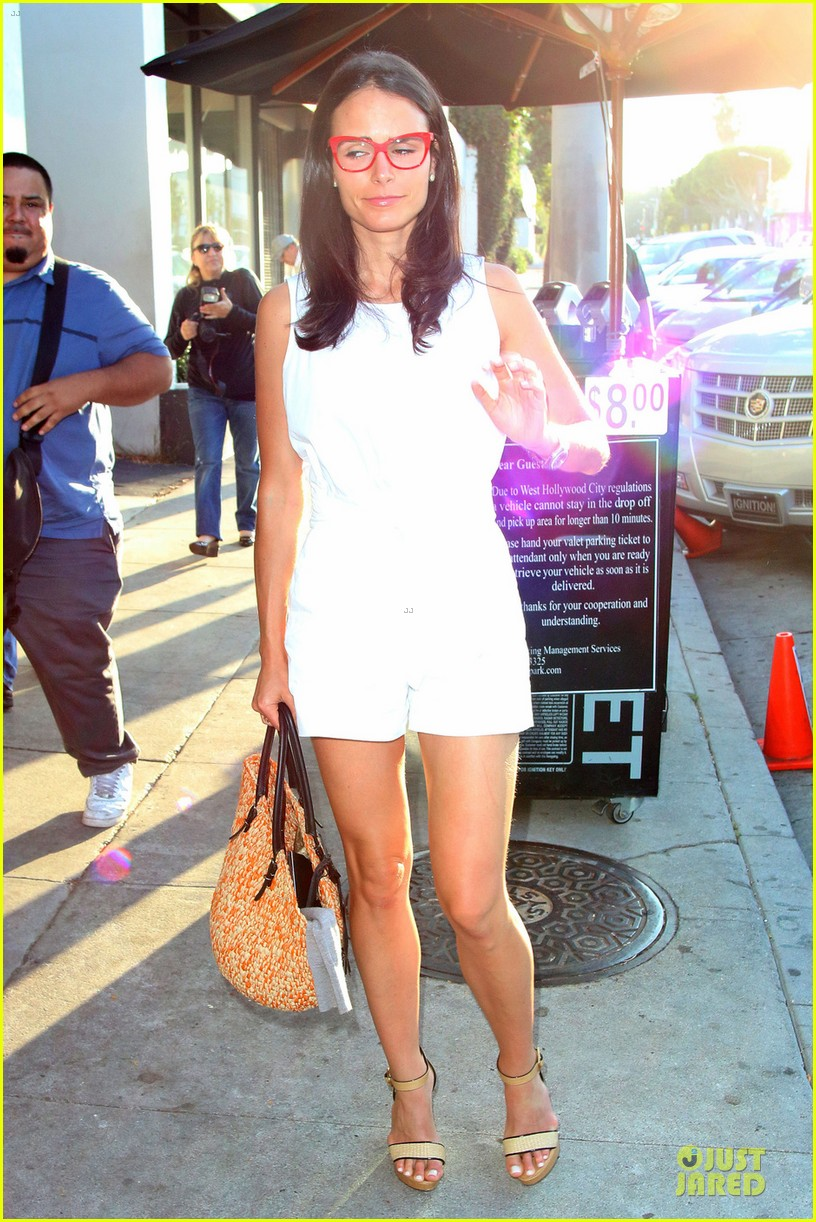 jordana brewster wants cowboy themed party 033150814