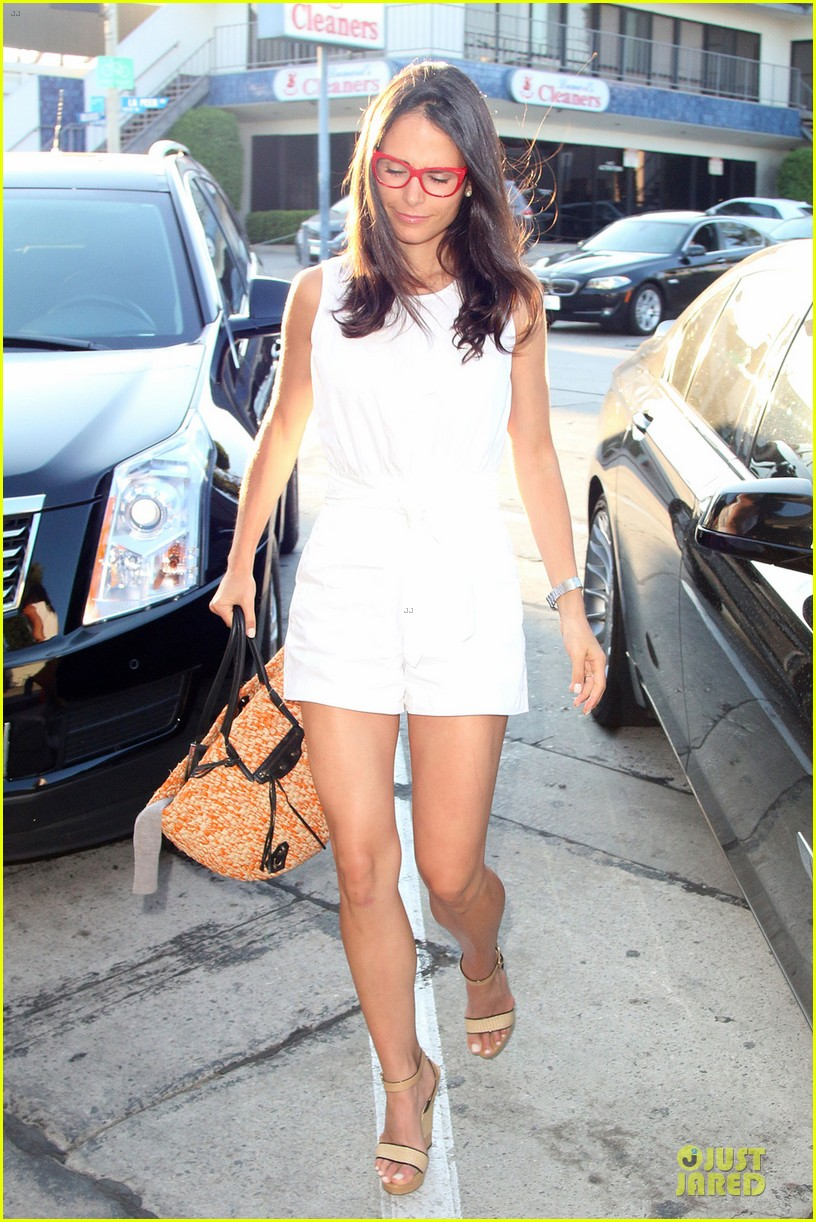 jordana brewster wants cowboy themed party 053150816