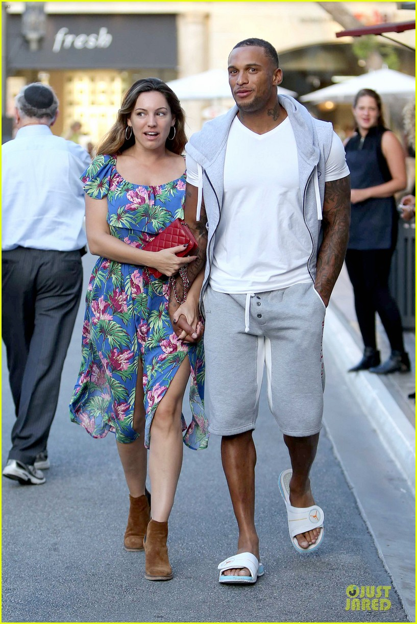 kelly brook fiance david mcintosh isnt after one night stands 023147468