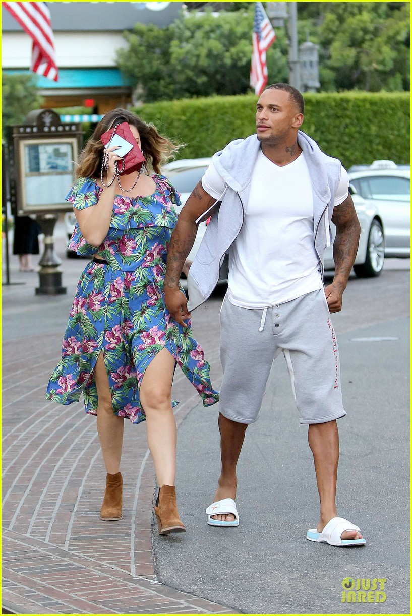 kelly brook fiance david mcintosh isnt after one night stands 163147482