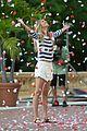 gisele bundchen showered with rose petals 07