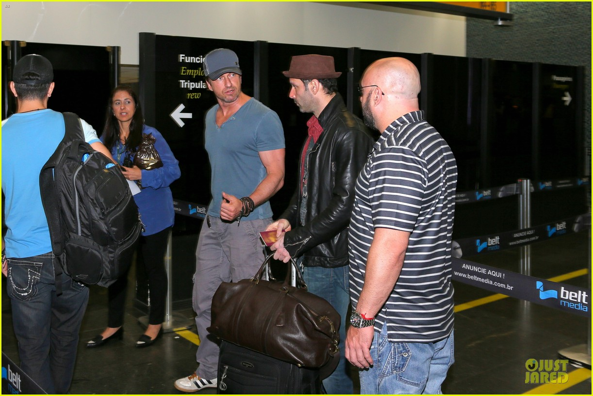 gerard butler jet to belo horizonte for fifa world cup 153151816