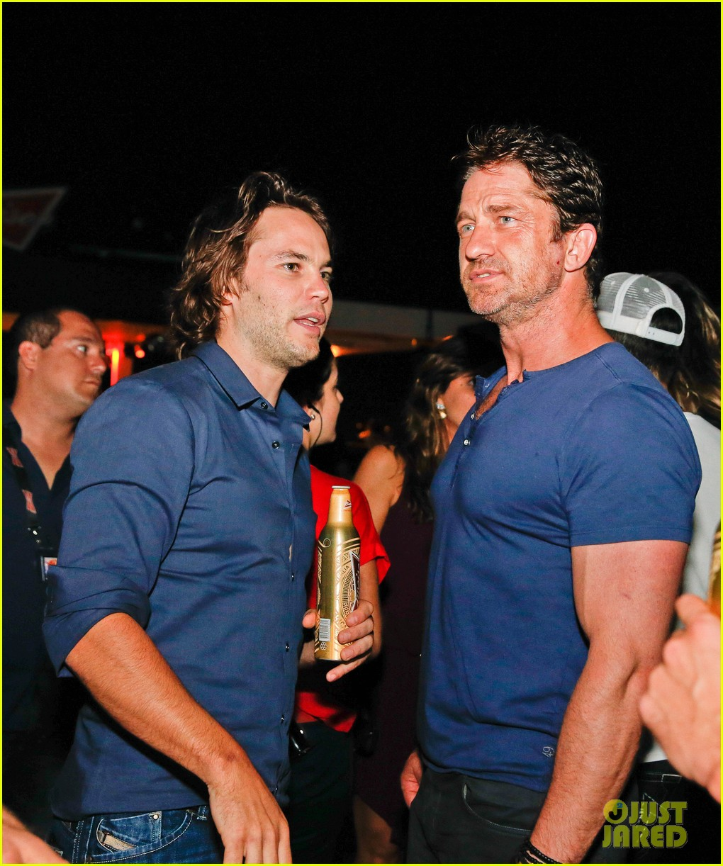 gerard butler taylor kitsch hang out in brazil 073151747