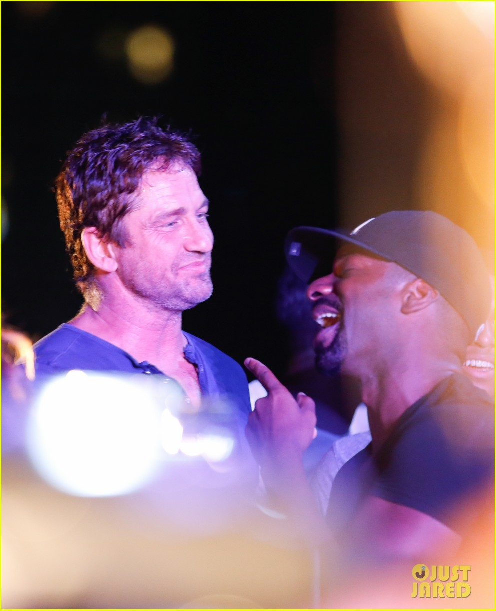 gerard butler taylor kitsch hang out in brazil 183151758