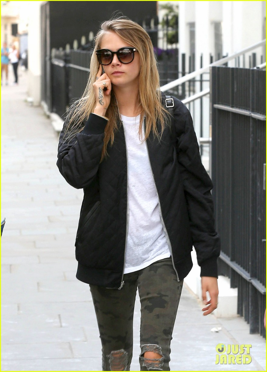 cara delevingne sexuality having good time 023148655