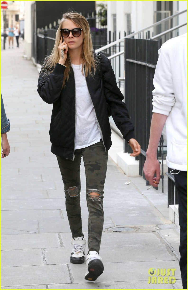 cara delevingne sexuality having good time 053148658