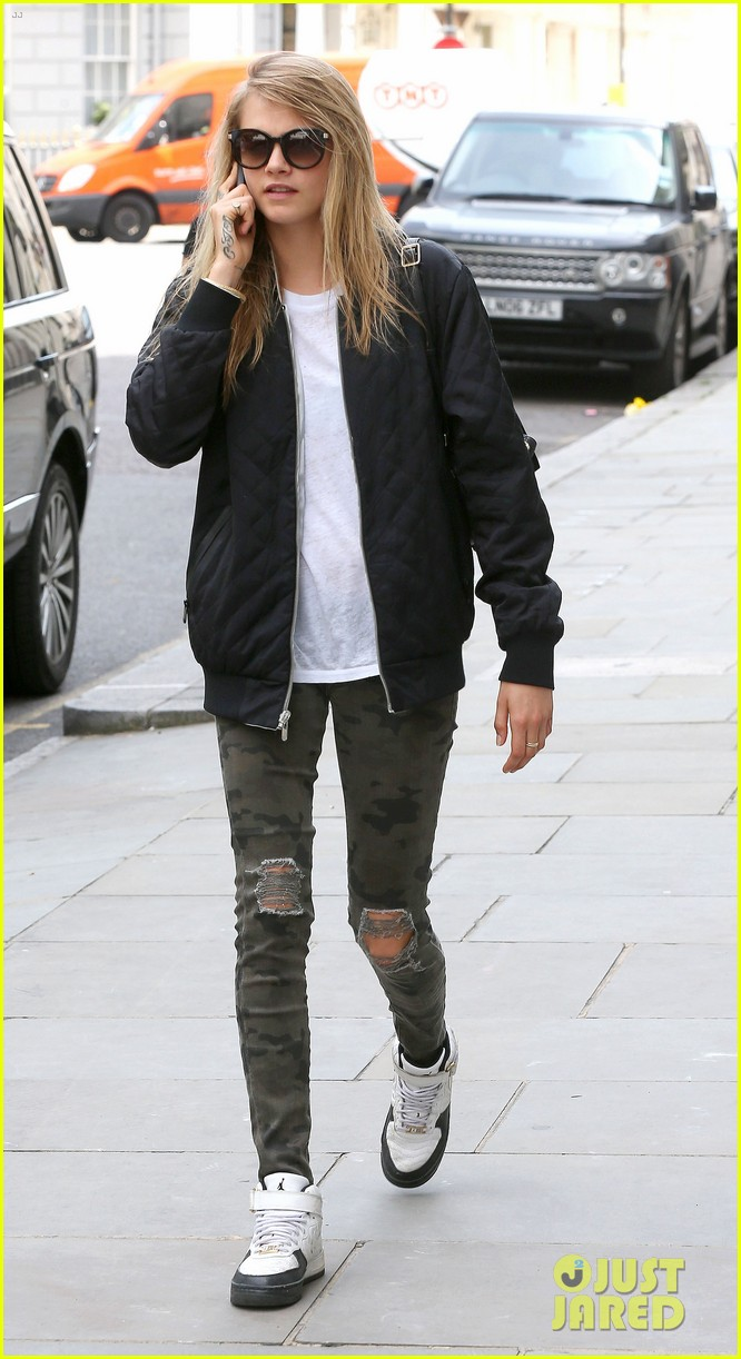 cara delevingne sexuality having good time 063148659