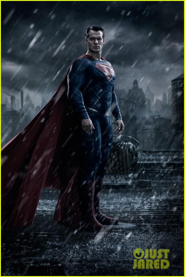 henry cavill as superman first look image on set 033148799
