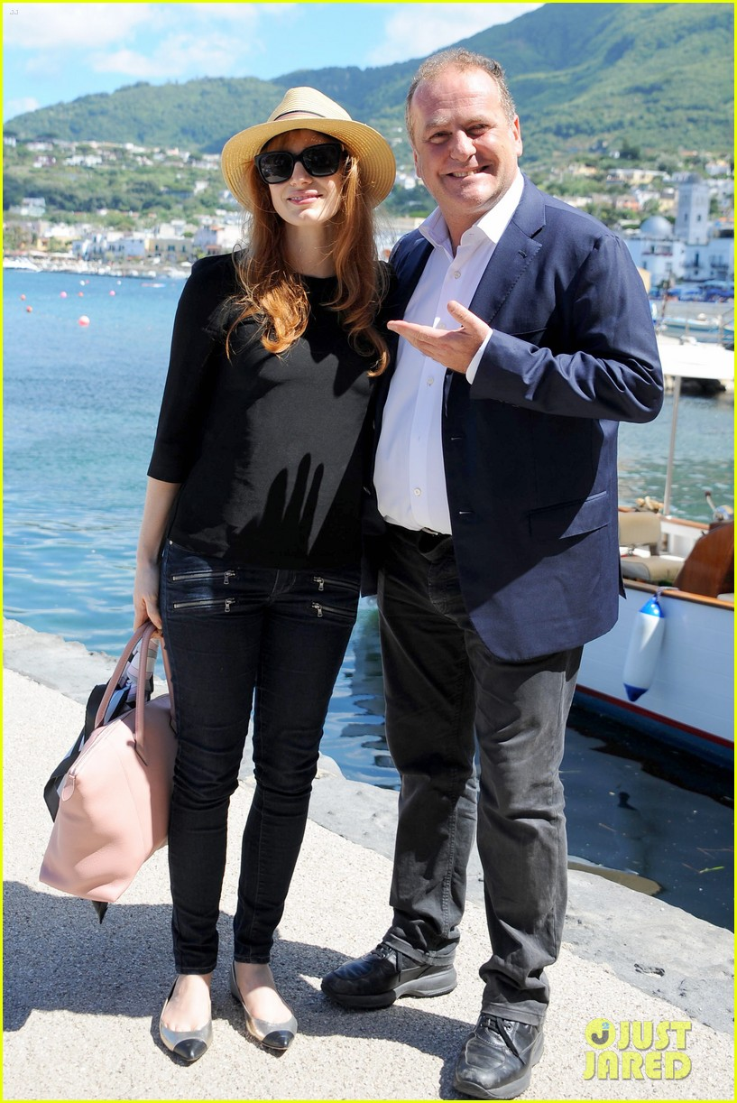 jessica chastain boyfriend gian luca wrap their arms around each other 063153762
