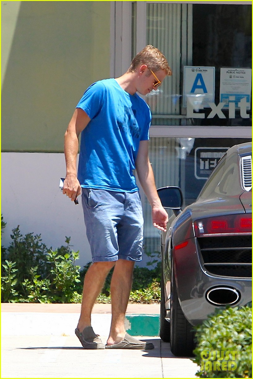 hayden christensen has brooklyn on his mind 05