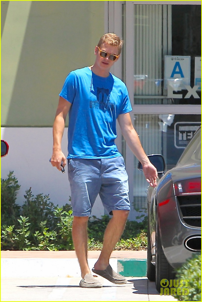 hayden christensen has brooklyn on his mind 19