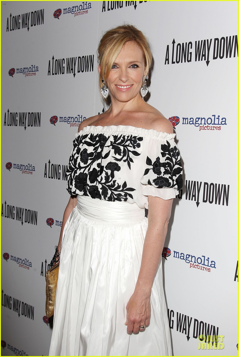 toni collette pierce brosnan long way down premiere 11