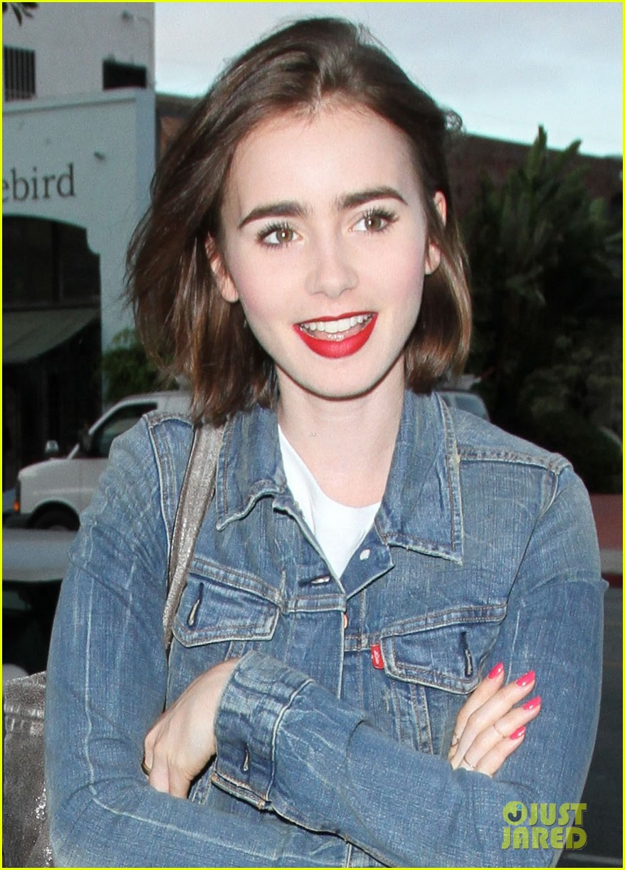 lily collins cafe gratitude lunch 053148418