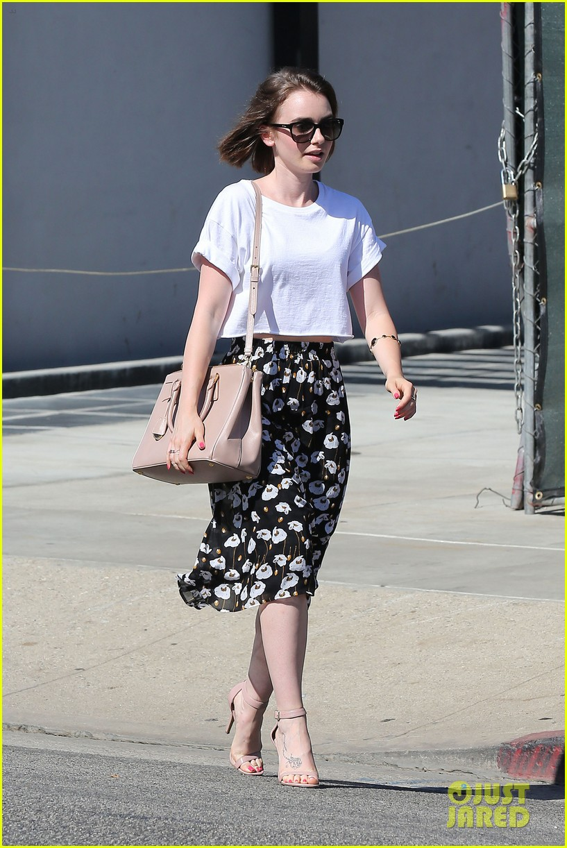 lily collins salon stop before holiday 073149241