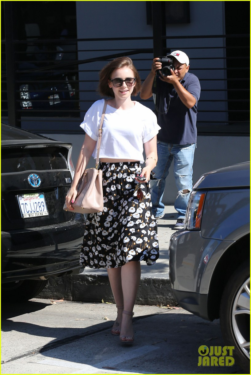 lily collins salon stop before holiday 093149243