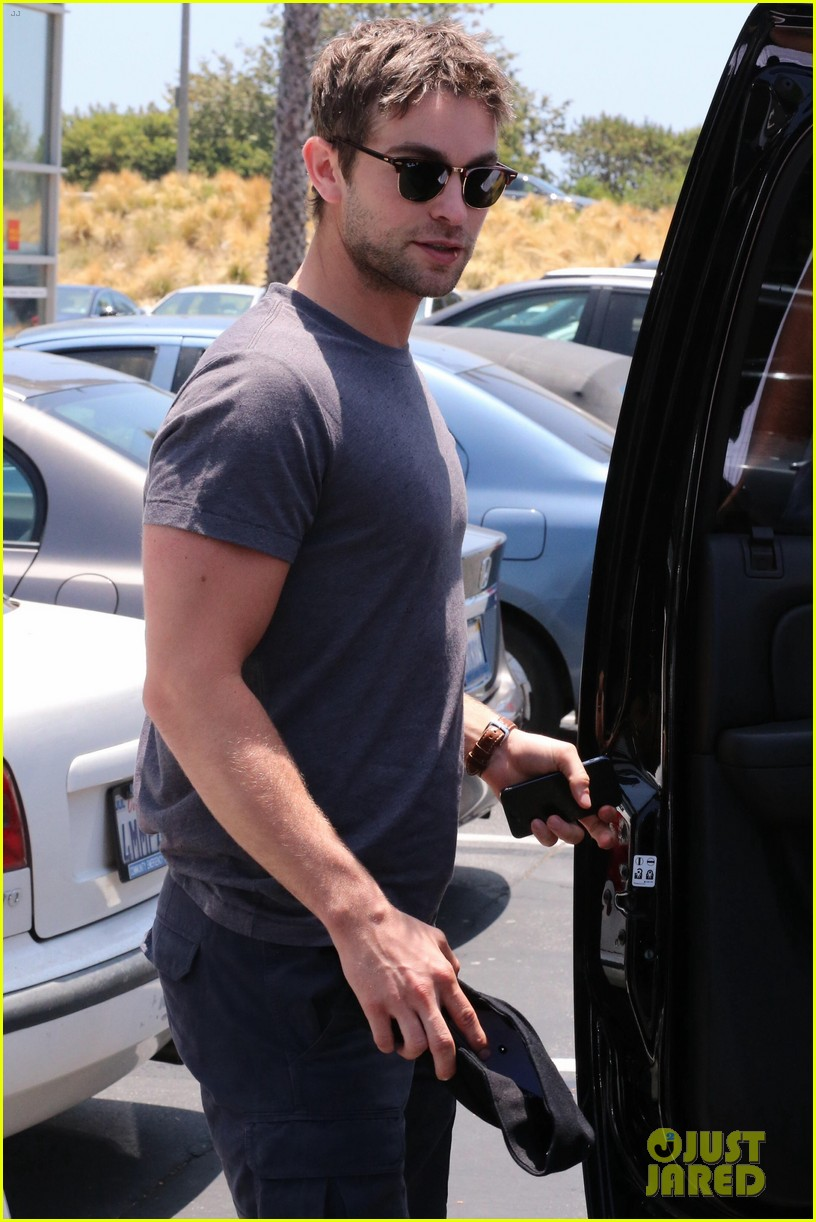 chace crawford looking hot fourth of july 04