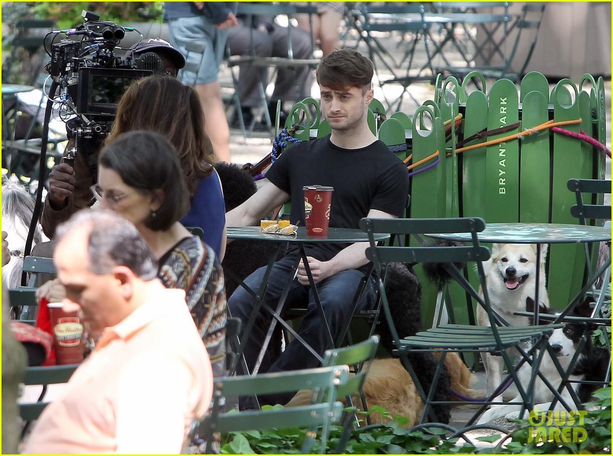 daniel radcliffe dog walker trainwreck nyc set 253147572