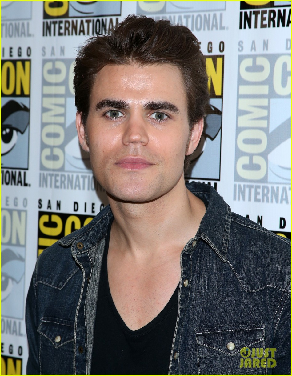 Ian somerhalder and paul wesley pictures of snakes - resort map grand palladium kantenah pictures