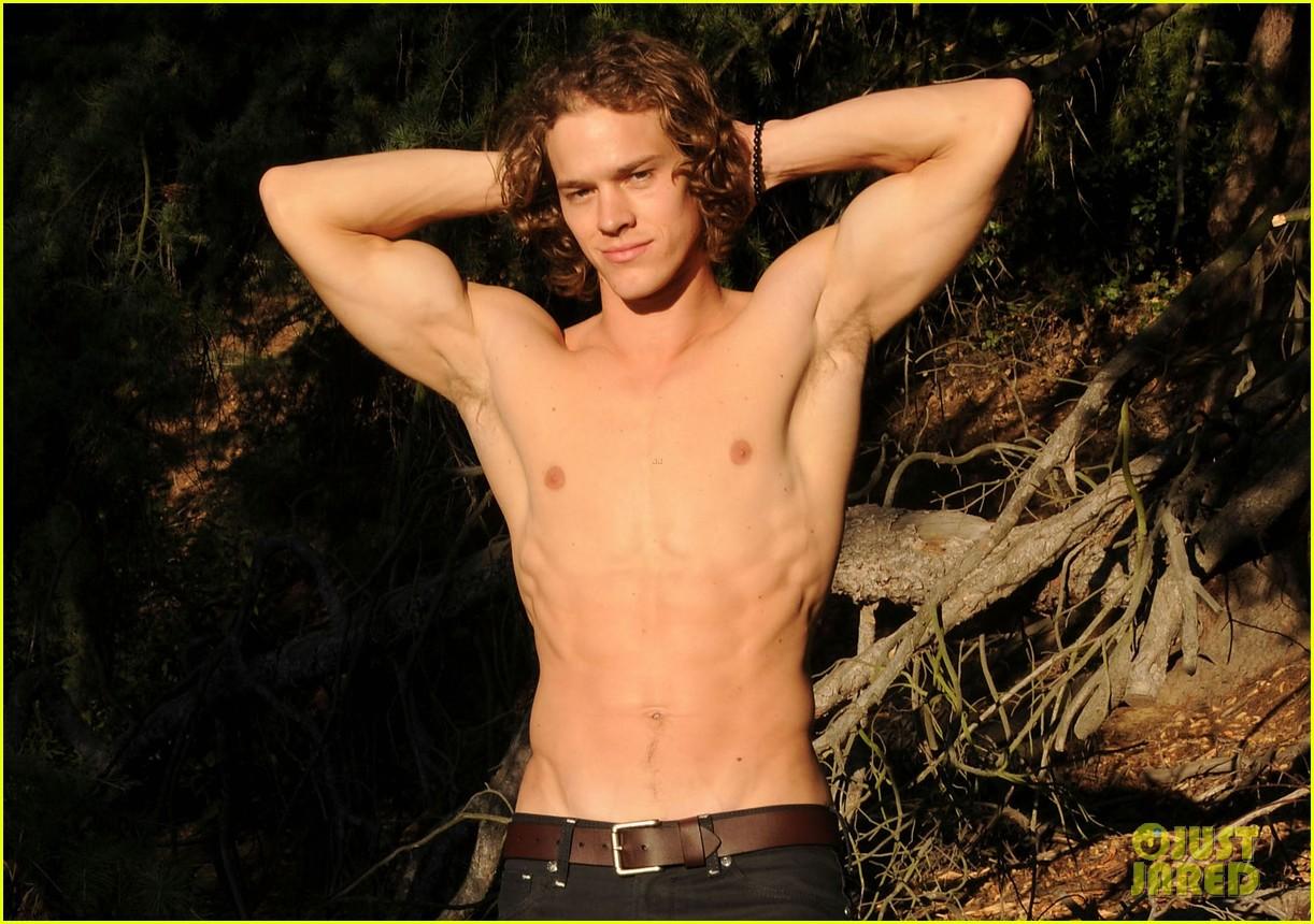 naya riveras husband ryan dorsey modeled hot shirtless six pack see photos 043162268