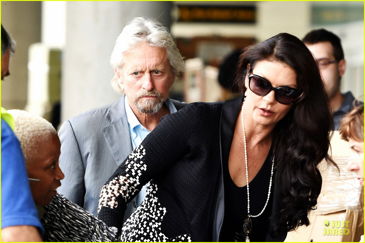 michael douglas opens up catherine zeta jones marriage 13
