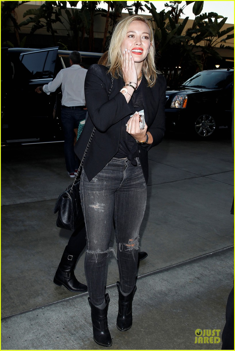 hilary duff sheer black at cher staples center concert 073151555