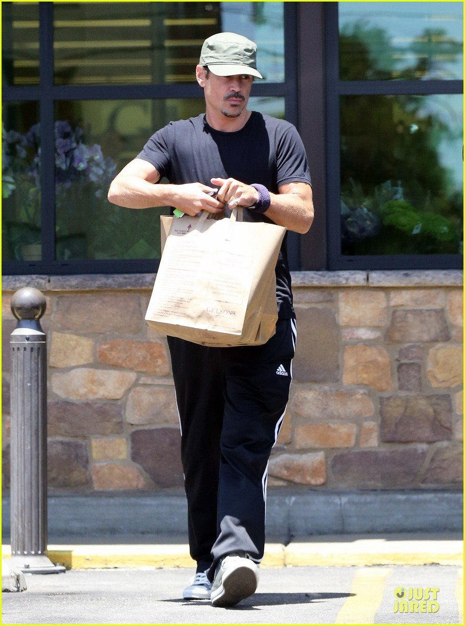 colin farrell loving brother to sis claudine 053152800