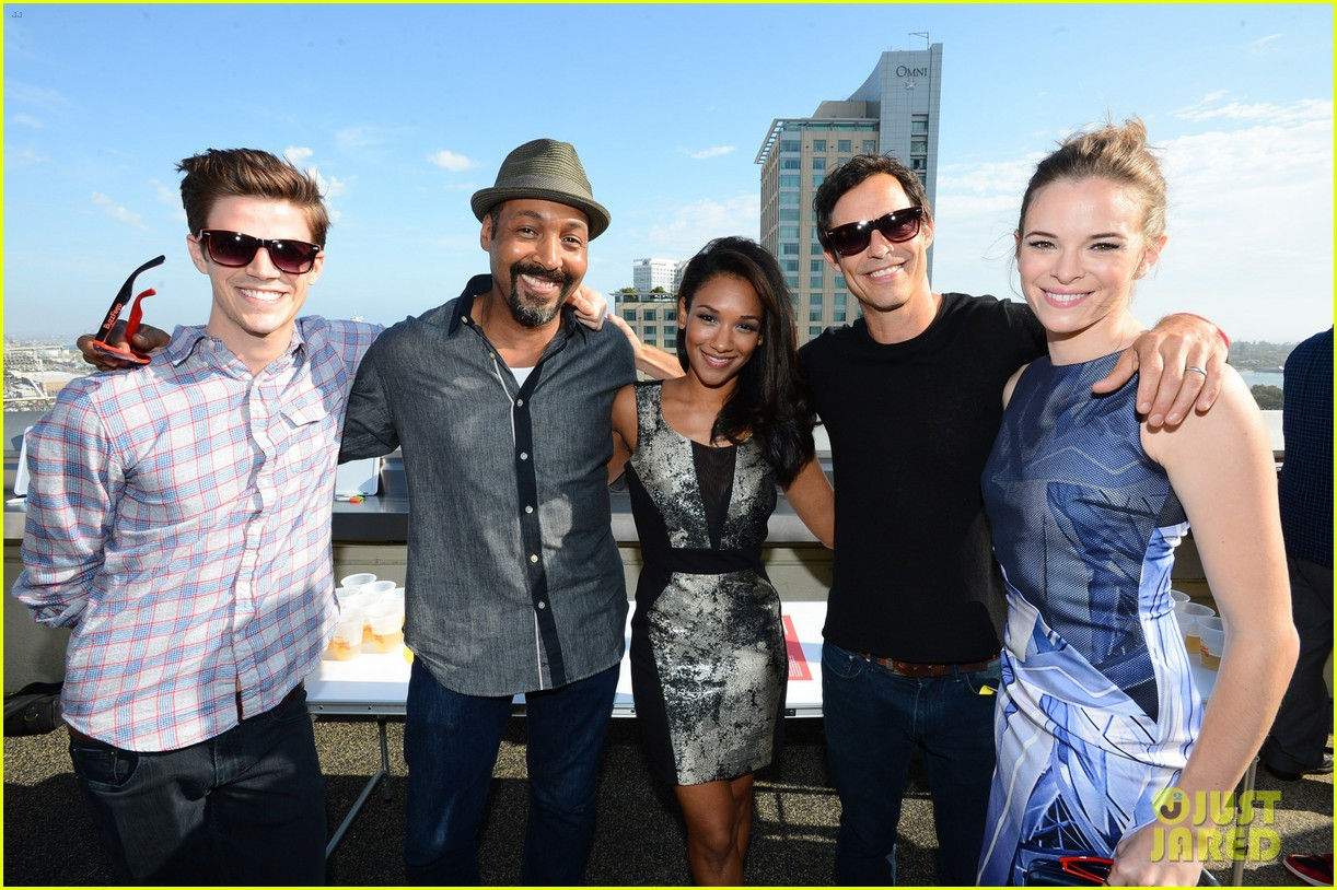The Flash' Cast Has a Blast at Buzzfeed's Rooftop Flash Bash