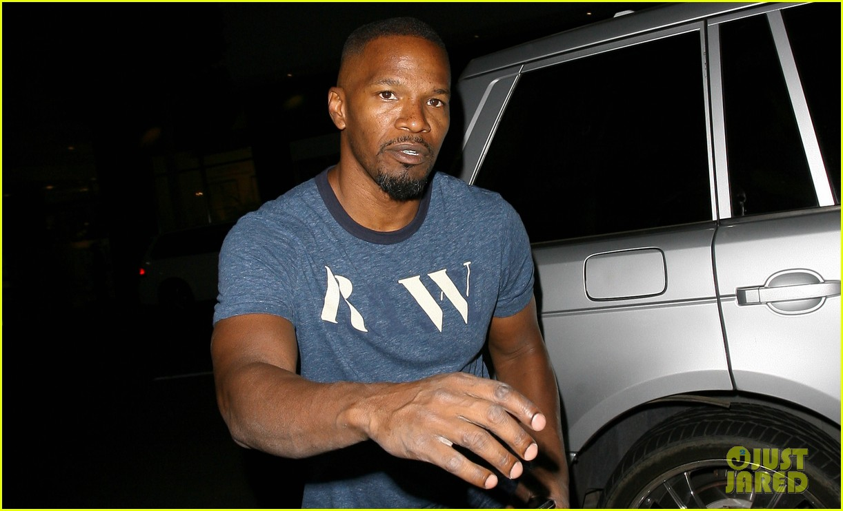 jamie foxx honors sister deondra with down syndrome 023147778