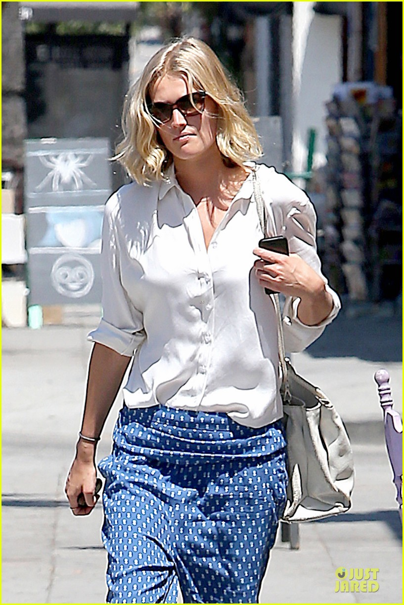 toni garrn looks chic after 22nd birthday 063152743