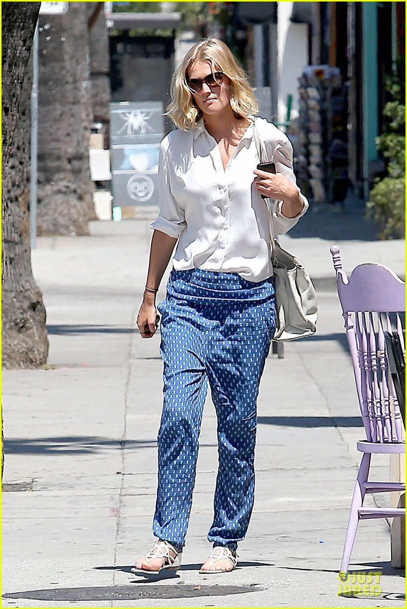 toni garrn looks chic after 22nd birthday 073152744