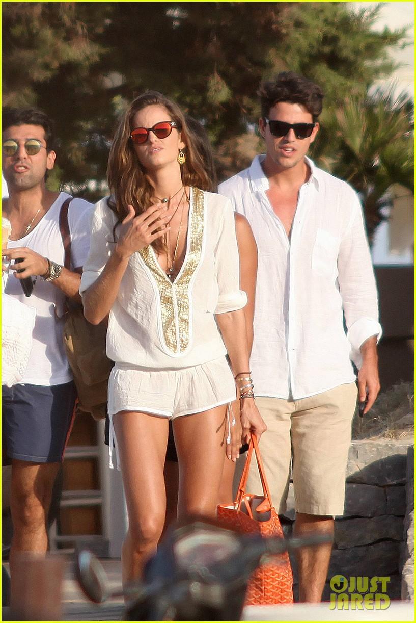 izabel goulart bikini boyfriend marcelo costa 193148570