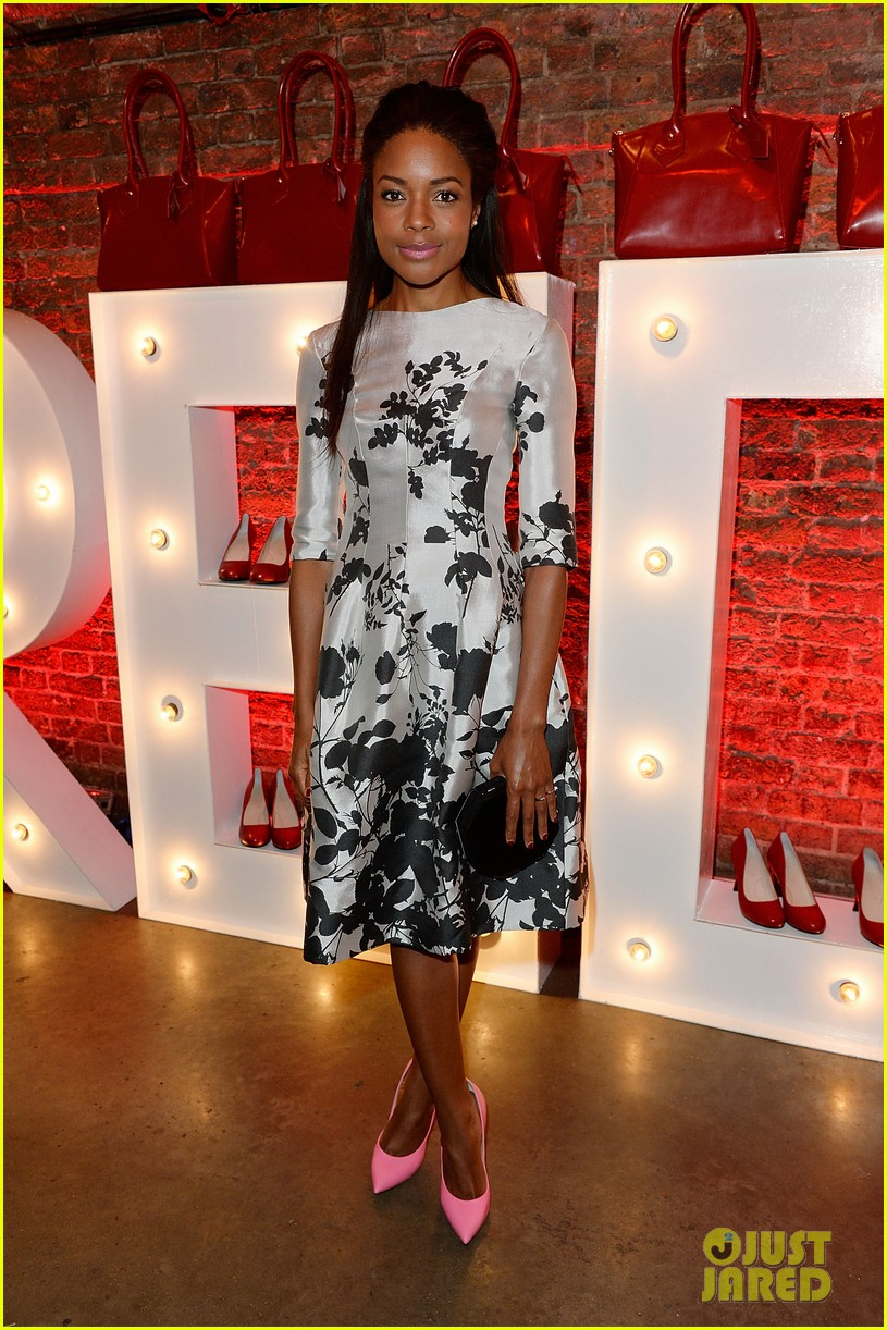 naomie harris helps celebrate virgin atlantics new vivienne westwood 023148287