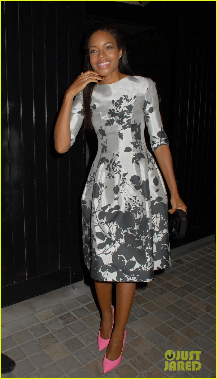 naomie harris helps celebrate virgin atlantics new vivienne westwood 03