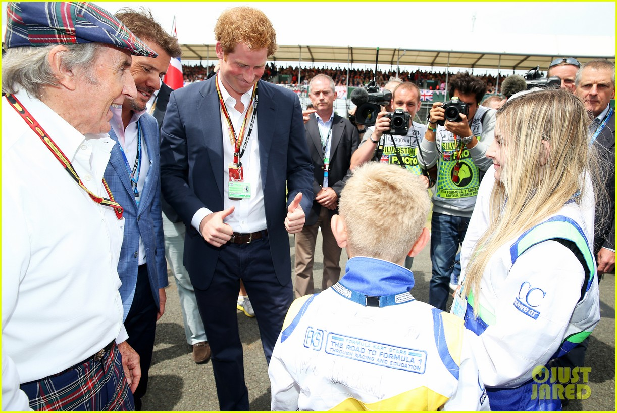 prince harry eventful sunday at the one grand prix 013150844
