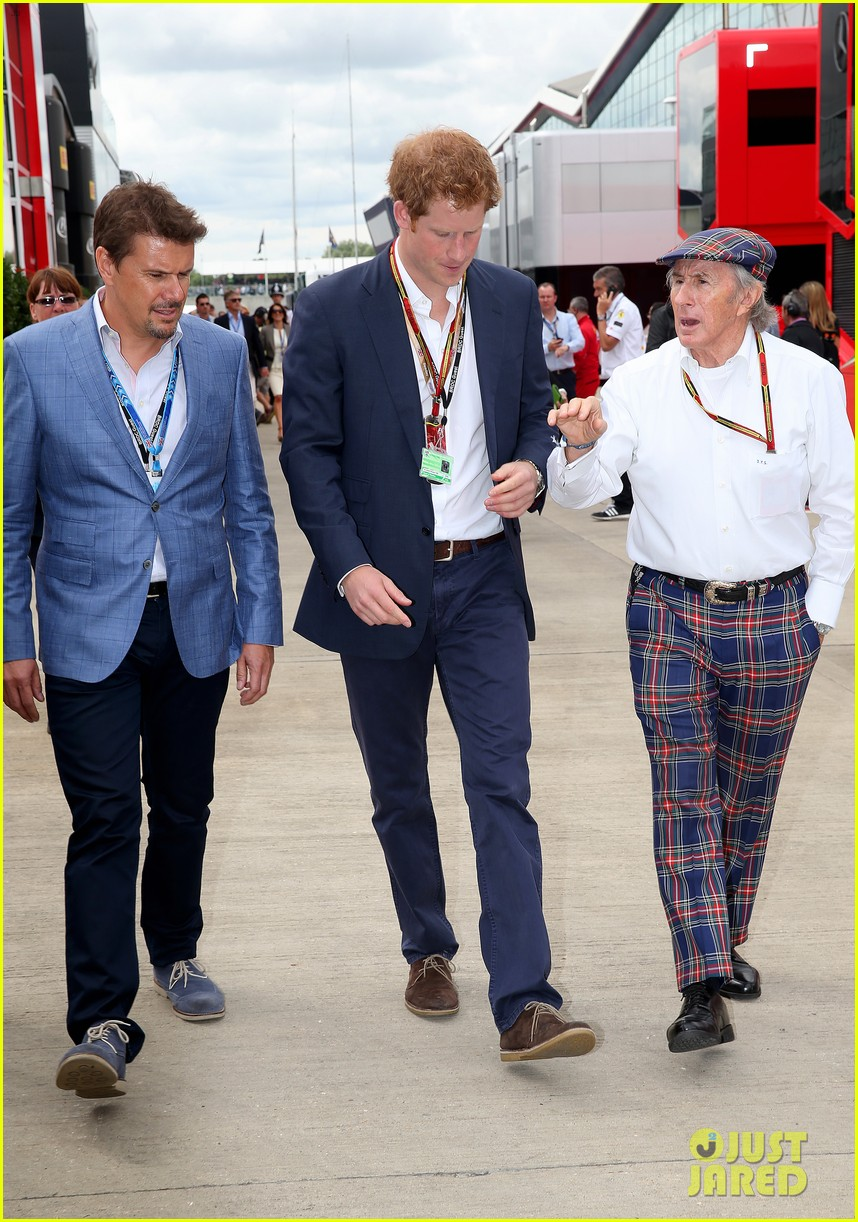 prince harry eventful sunday at the one grand prix 023150845