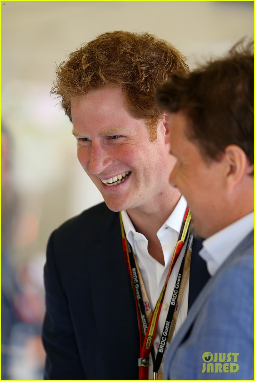 prince harry eventful sunday at the one grand prix 043150847