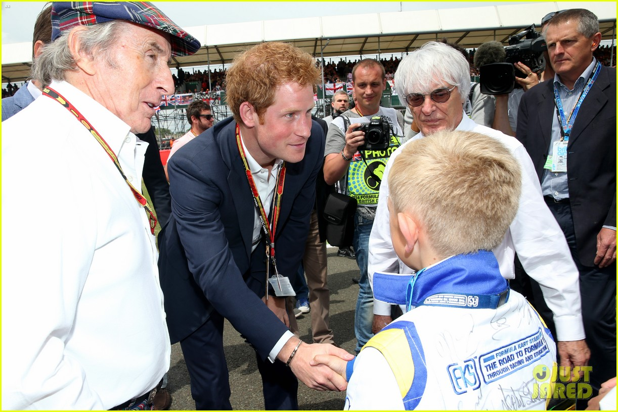 prince harry eventful sunday at the one grand prix 143150857