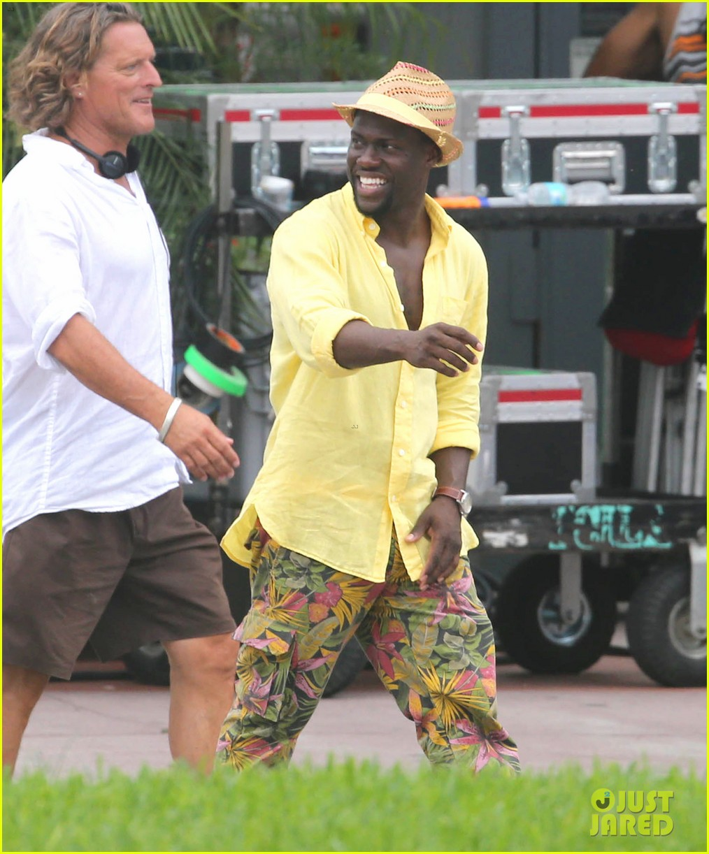 kevin hart begins filming ride along 2 with ice cube in miami 043152171